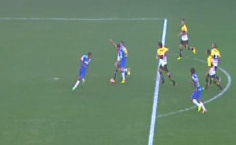 Gol mal anulado do Corinthians contra o Criciúma