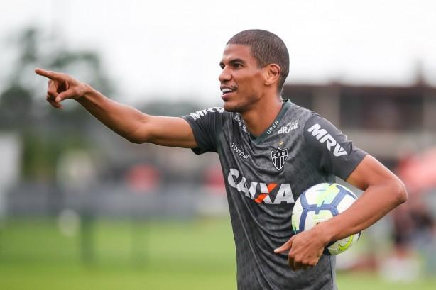 Leonardo Silva zagueiro Atlético Mineiro deveriam contratar e7f2adb7dddda