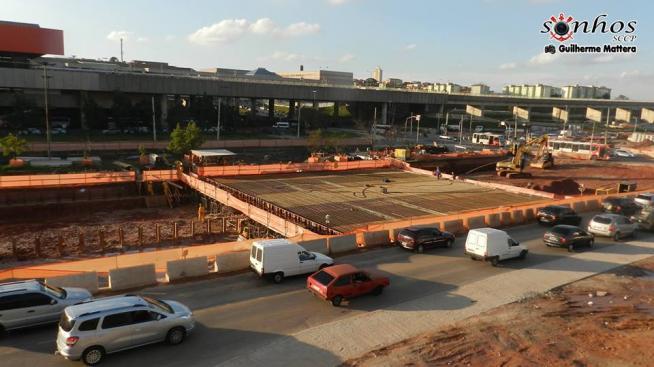 A ampliação das avenidas de acesso ao estádio