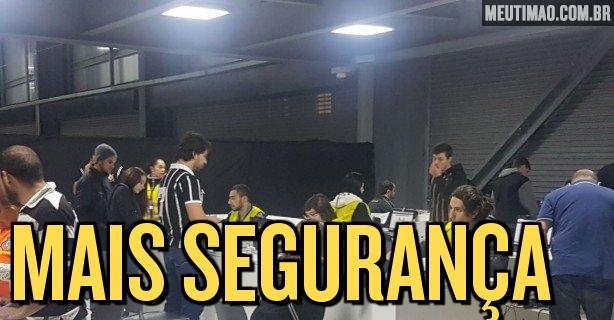 47474c119f Torcedores do Corinthians fazem cadastro biométrico para entrar na Arena da  Baixada