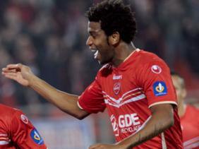Gil deve reforçar o Corinthians em 2013