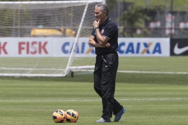 Tite vai usar time ideal na pré-temporada
