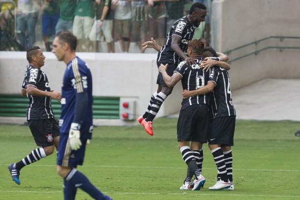 Audiência faz Globo exibir mais jogos do Corinthians do que dos rivais afeaf5a44af70