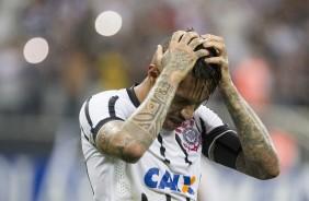 Ap�s sa�da do Corinthians, Flamengo confirma acerto com Guerrero