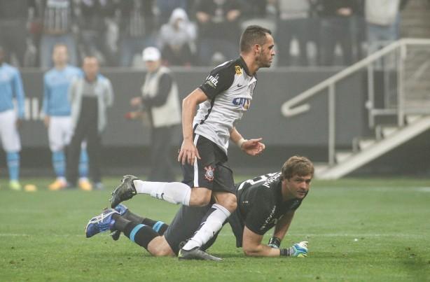Corinthians sente desfalques mas segue invicto após empate com Grêmio b17336c9315a6