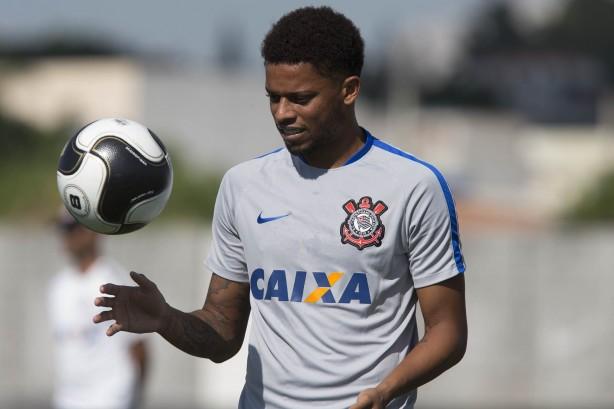 André será titular neste domingo contra o São Paulo 895a74cdcb835