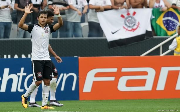 4cde0e4fdf Atacante paraguaio tem 11 gols com a camisa do Timão