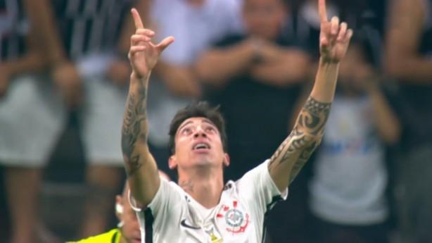 Rildo estreia após lesão e marca primeiro gol pelo Corinthians 013af10cf9422