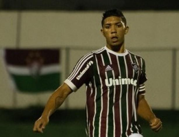 8bf9fe1722 Douglas preferiu defender Fluminense contra Corinthians a ser convocado  para amistoso da Seleção