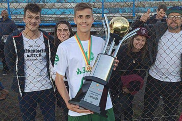 Matheus Steinmetz é destaque das categorias de base do Juventude