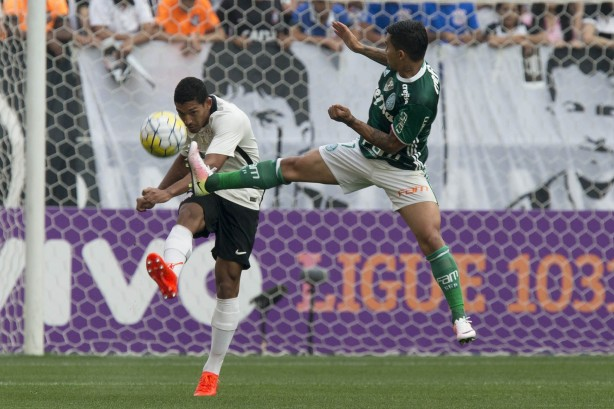 O Timão perdeu de 2 a 0 para o arquirrival na Arena Corinthians cec0f6aef98b8