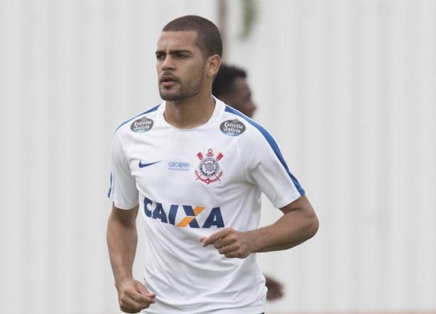 Clayton ganha a camisa 9  veja numeração do Paulista 18caa9bf5ea2d