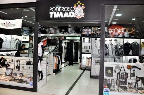 39dbac1daab92 Franqueados chegaram a cobrar SPR e Corinthians por prejuízos da rede Poderoso  Timão