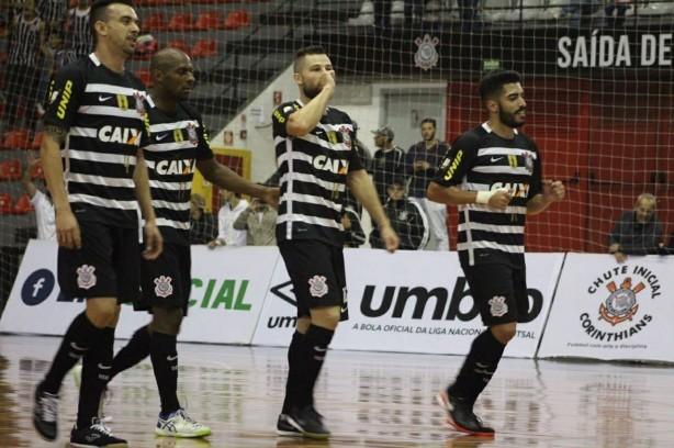7709ea394b652 Timão está a quatro jogos de nova decisão de Liga Paulista