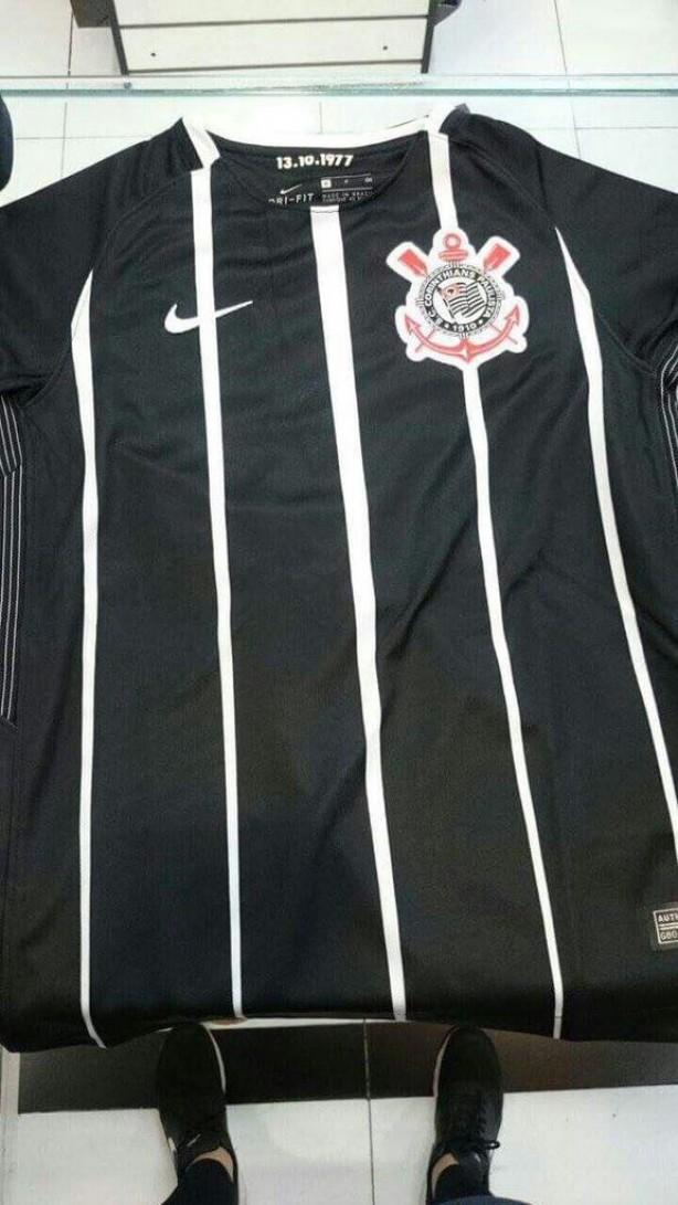 ec0e5847d5e8d Suposta nova camisa 2 do Corinthians tem imagem vazada na web  veja ...