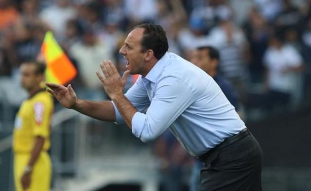 d2733dcd53 Corinthians cutuca Rogério Ceni em rede social