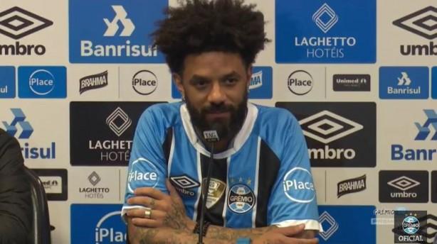 Cristian é apresentado no Grêmio 78e68641fb1dc