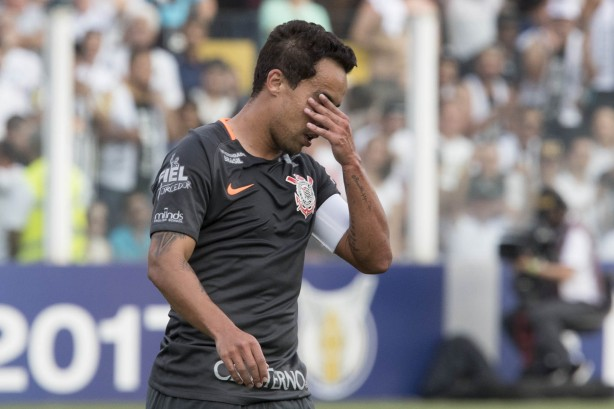 Corinthians perdeu do Santos neste domingo