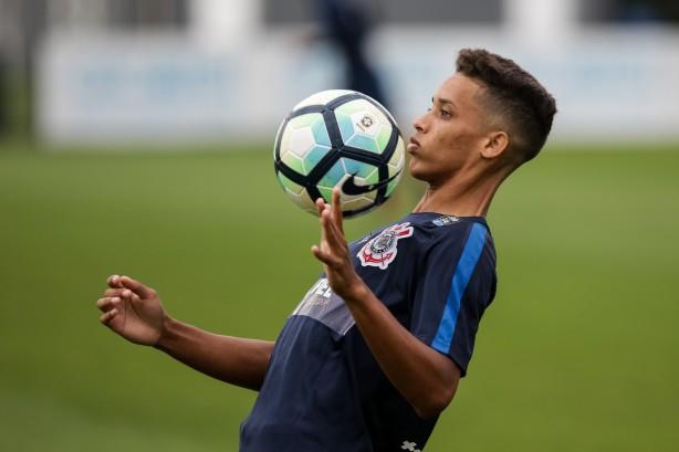 O Corinthians treina pela última vez neste sábado antes de encarar a Ponte  Preta 6bfb14983c3a3