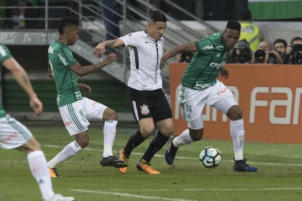 40d10a7e54 Técnico do Palmeiras fecha último treino antes do Dérbi  confira ...
