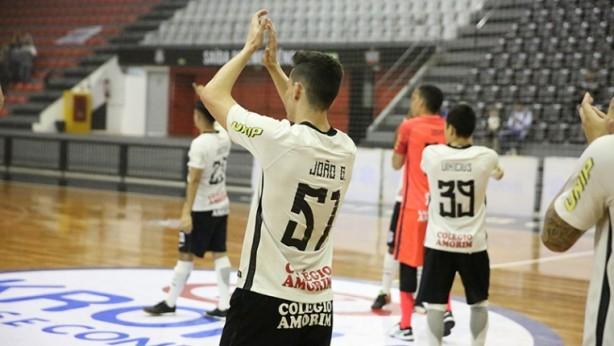 Corinthians Unip vence Taboão de novo e se classifica às semifinais ... 354571c9a6973