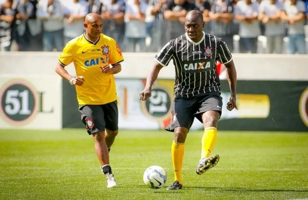 Ex-jogadores do Corinthians reencontram rivais na disputa do Showbol ... 86d14c7983eb6