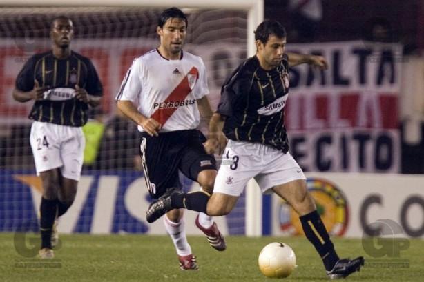 Ex Corinthians Lembra De Relacao Com Mascherano E Diz Que Elenco De 2006 Nao Era Bomba Relogio