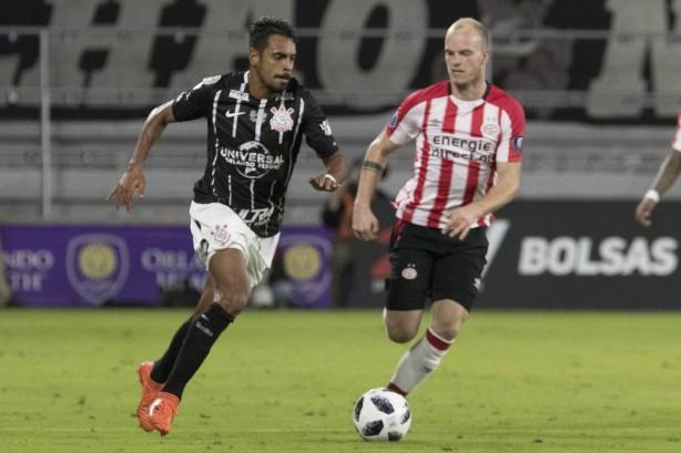 43d0b5b6fa Júnior Dutra entrou no segundo tempo do duelo de Corinthians e PSV