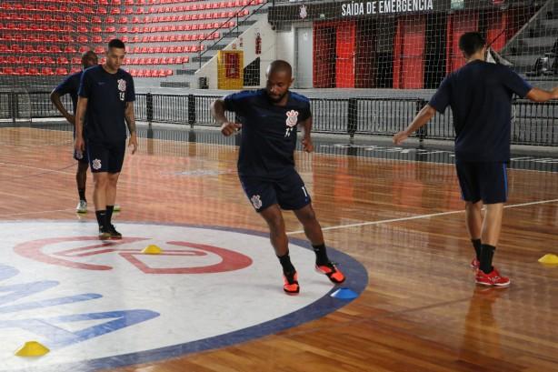 4c270b375d8e0 Timão dá o ponta pé inicial no torneio estadual em seus domínios