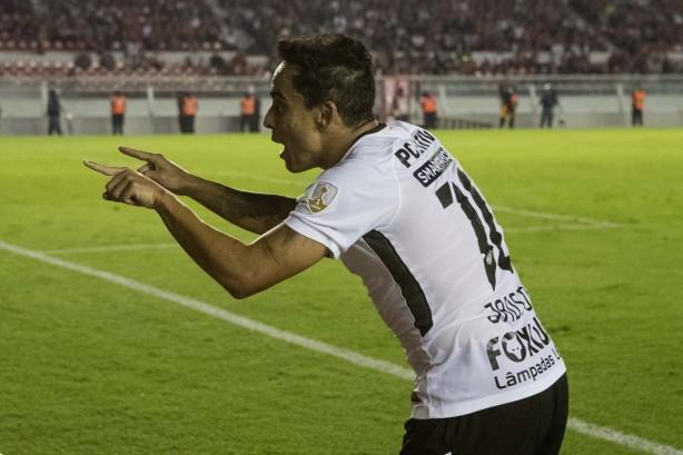 Corinthians de Jadson   cia. joga contra o Independiente nesta quarta-feira a410d21fdfc8f