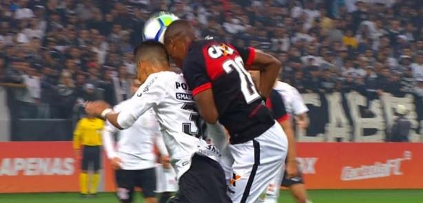 4482ff4546 Não faltaram conrtusões na partida entre Corinthians e Vitória