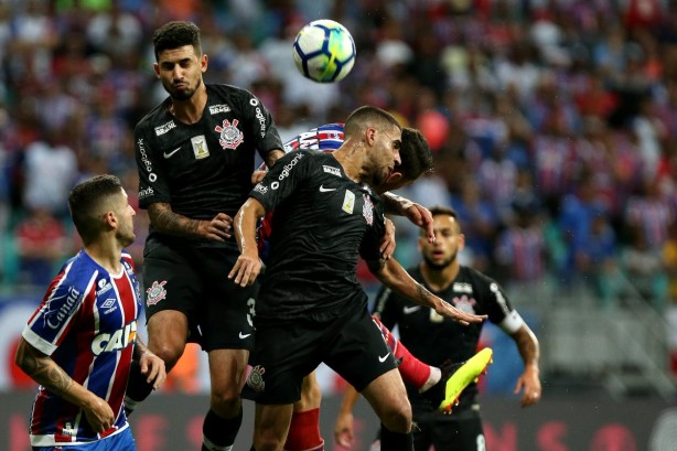be5208264f Corinthians e Bahia duelaram na Arena Fonte Nova