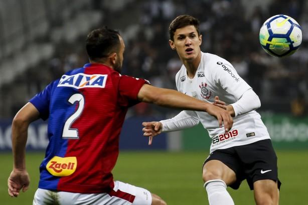 598d033681 Corinthians venceu o Paraná por 1 a 0 na noite de sábado