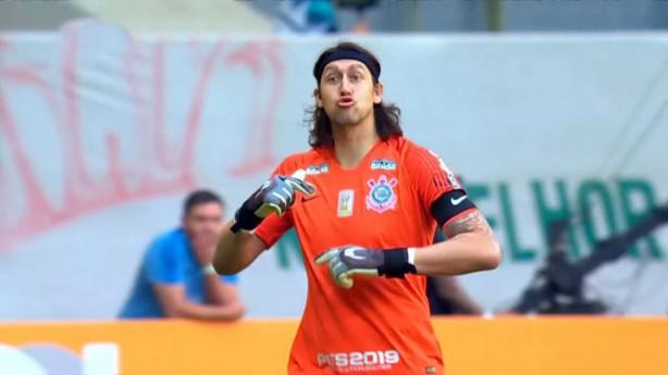 Cássio, apesar de derrota, viu um time mais organizado contra o Palmeiras