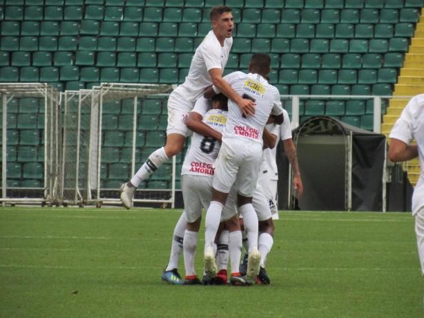 8d40a522c9911 Sub-15 e Sub-17 do Corinthians disputam jogo de volta das quartas de