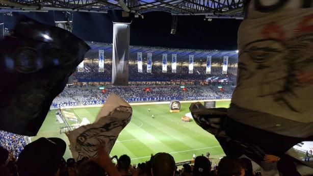 3df8b54fbac8c Fiel fez linda festa no Mineirão mesmo após derrota do Corinthians