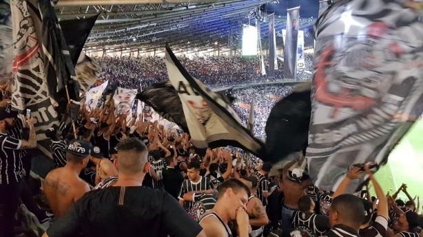 3f4caa84fd Torcida do Corinthians deu show à parte na final da Copa do Brasil no  Mineirão