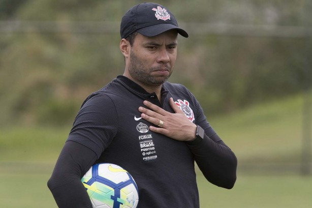 Diretoria do Corinthians pretende manter Jair Ventura no comando do Corinthians