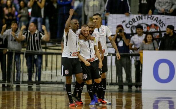 09b492d7384c4 Timão decide a Liga Paulista no Parque São Jorge na próxima quinta-feira