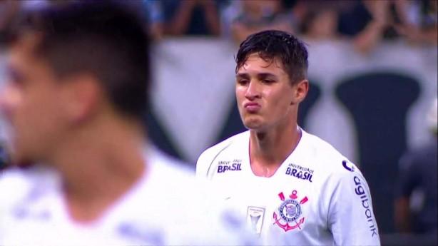 Jogadores comemoram gol que garantiu a vitória contra o Vasco b2651cc60820d