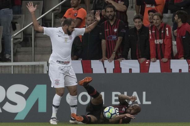 84b206f595 Vale grana! Veja as premiações que o Corinthians ainda disputa no ...