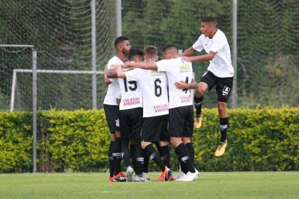 Janderson deu uma assistência e marcou um gol na vitória do Corinthians  deste sábado 0a37283c29646