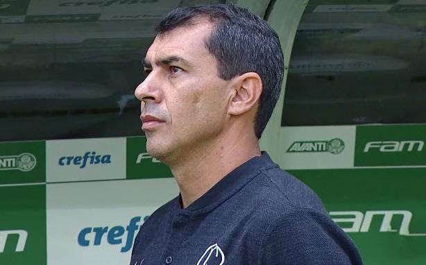 Assim como fez Mano, Fábio Carille não desconsidera treinar o Palmeiras no futuro
