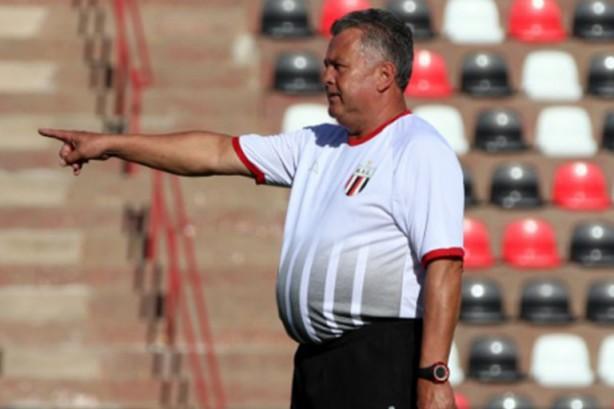 8d5d4d01b0 Duelo com Corinthians marca estreia de novo técnico do Botafogo-SP