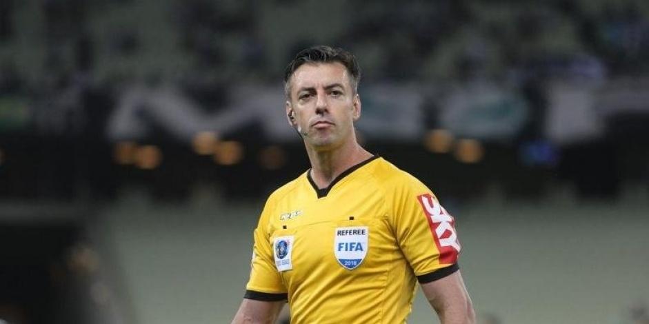 Raphael Claus apita primeiro jogo da final do Campeonato Paulista ...