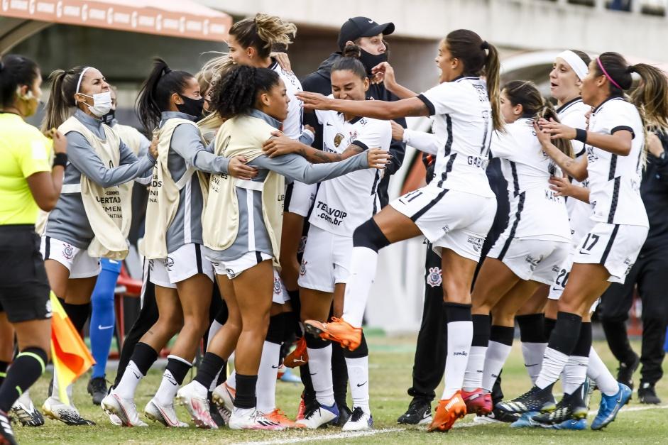 Corinthians tem um dos perfis de futebol feminino com mais interações nas redes sociais do mundo