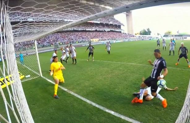 df060a1611 VÍDEO  Gol corretamente anulado do Atlético-MG contra o Corinthians