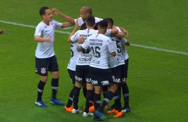 VÍDEO  Confira os gols da vitória do Corinthians sobre o Cruzeiro ... e993adc601161