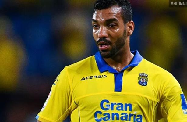 VÍDEO  Primeira contratação do Corinthians para 2019  Michel Macedo 582c0048f76a0