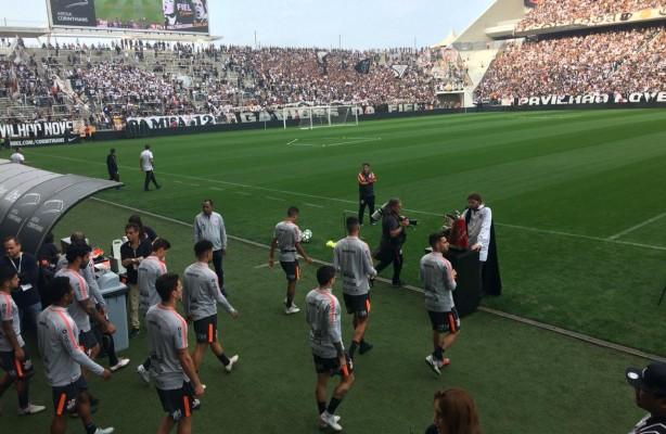 a8c2bc2c31227 VÍDEO  Recepção da torcida no treino aberto na Arena Corinthians